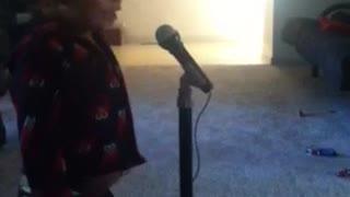 Toddler sings ABC's - Hilarious