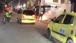 Incendio de una motocicleta en Bucaramanga