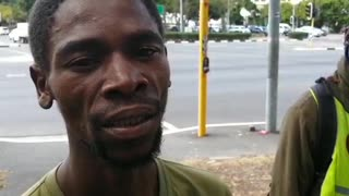 Cape Town homeless man entertains drivers in traffic with acrobatics