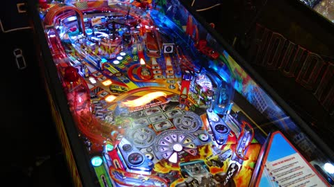 Rev Up With Hot Wheels by American Pinball