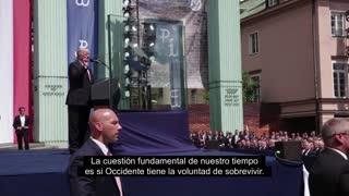 Impresionante discurso del Presidente Trump en Polonia en Julio de 2017.