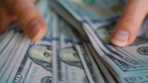 I allow myself to love money
