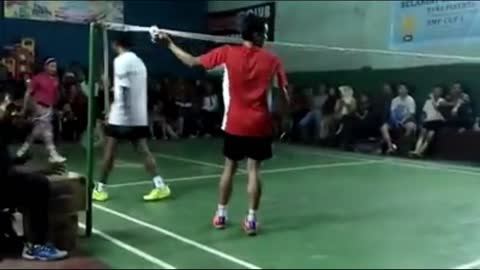 Playing badminton with flashing shoes [part 2]