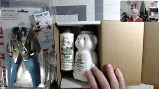 Bearly Art Glue kit and Crop a dial