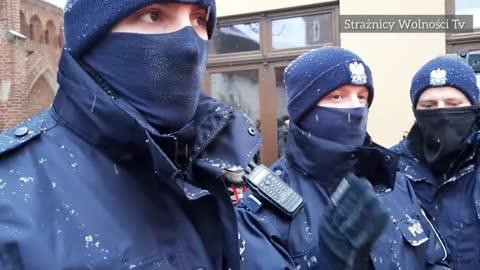 skandaliczne zachowanie polskiej milicji
