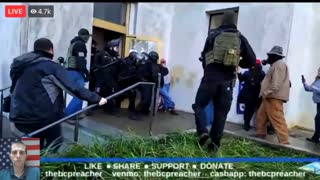 Anti-Lockdown Protesters Fight Police At Salem, Oregon State Capitol!