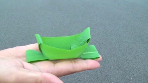 DIY: How to make a leaf boat basket