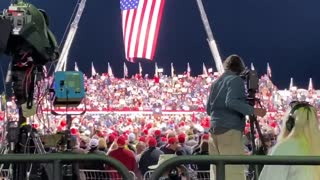 Trump Rally Breaks the Internet With Chant They Start