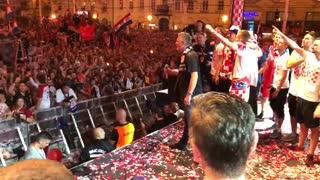 Organizatori prekinuli Thompsonovu pjesmu u Zagrebu