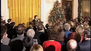 Dana Carvey impersonates Bush and Perot at WH Christmas Party
