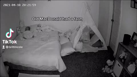 Adorable 1 year old sings herself to sleep every night