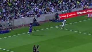 Great football skills for Real Madrid player Marcelo