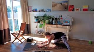 25 Minute Vinyasa Yoga Session
