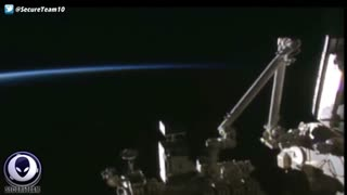 HUGE Cigar UFO Appears Live Over Earth Near Space Station!