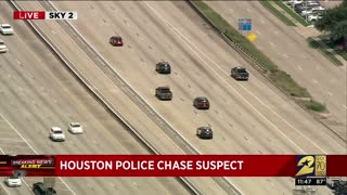 Wild Police Pursuit of A Pick Up Truck In Houston Texas... Zig Zag...