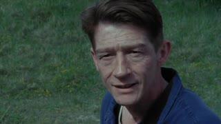 1984 di Orwell.La Realtà modificata.Es. Covid è solo influenza, gli stessi oggi gridano al lockdown.