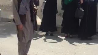 4 Afghan women protest the Taliban while sourrounded by them in Kabul