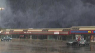 """Special effects create """"mega tornado"""" in Montreal strip mall"""