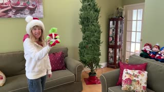 Decorating our xmas tree, fast