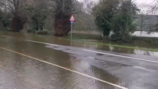 Roads closed in England due to heavy floods