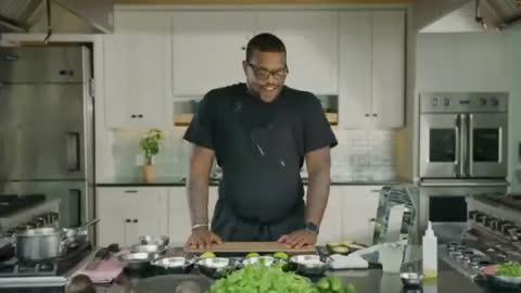 BLOK Smart Cutting Board & Virtual Cooking Classes
