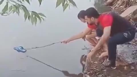 Pescando o chinelo