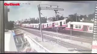 Live Train Accident Video Caught on Camera