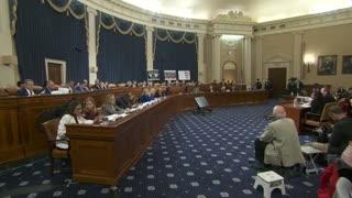 Comité de la Cámara de EE.UU. da vía libre a cargos contra Trump
