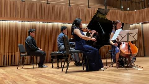 Brahms Piano Trio in A major Op. Posth: IV. Presto *non troppo