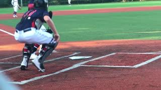 Halen (catcher class of 2022) throws down to 3rd