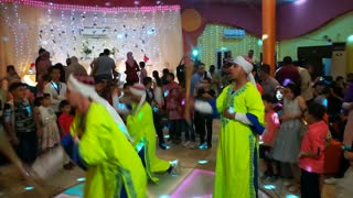 Father Surprise Daughter With Egyptian Paissant Performance