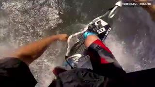 Sinta a adrenalina do kitesurf na pele!