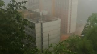 Video: Fuerte aguacero se registra este domingo en Floridablanca
