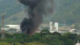 Video de la explosión de bodegas en Girón