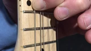 Using Left Pointer Finger To Bend Low E String