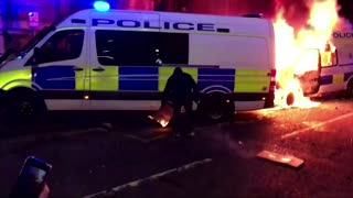 Protesters clash with police in Bristol