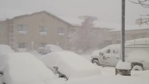 Lake-effect snowstorm pummels Western New York
