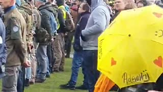 Dutch lockdown protesters face off with the Police