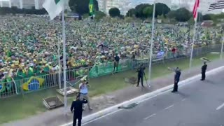BREAKING: Huge demonstrations is Brazil against Covid-Laws and Election Manipulation!