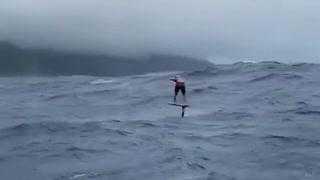 Surf Scared 😱😱😱😱😱😱