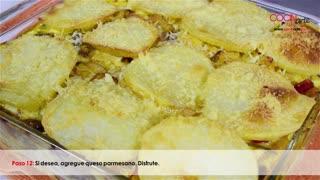 Receta Cocinarte: Torta de papa con pollo y champiñones