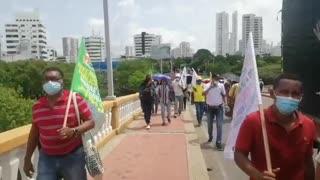 Paro nacional: manifestantes se dirigen al Concejo Distrital