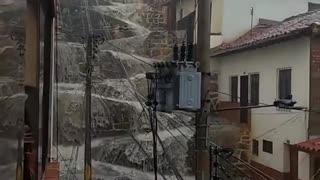 Fuertes lluvias prenden las alarmas en el sur de Santander 2