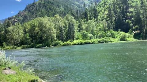 Deceptively calm Wenatchee River