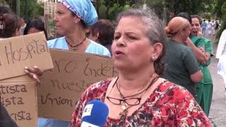Enfermeros en Venezuela mantendrán protestas para exigir alza salarial