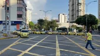 paro de conductores | bloqueo en la Avenida González Valencia