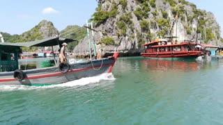 Kayaking and the Monkey Island of Cat Ba, Vietnam (by Jepoy Lakwatsero)