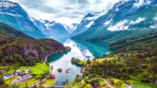 Stay Relaxing Piano Music for Sleeping Studying feat. Norway Soothing World