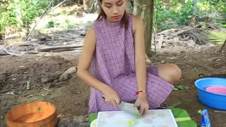 Yummy cooking Chicken egg soup recipe _ Cooking skills _ Khmer Survival Skills