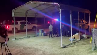 Another Night on the Border: Over 100 Illegals Caught at a Single Crossing..!!!
